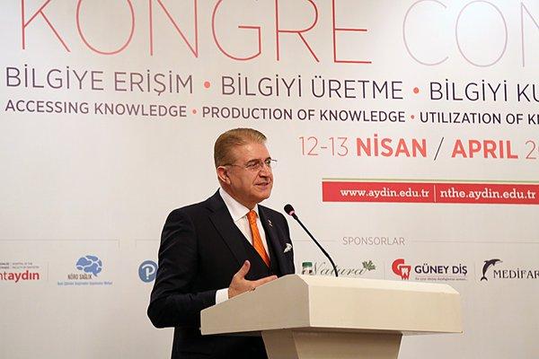 Aydın Üniversitesi Yükseköğretimde Yeni Eğilimleri Masaya Yatırdı
