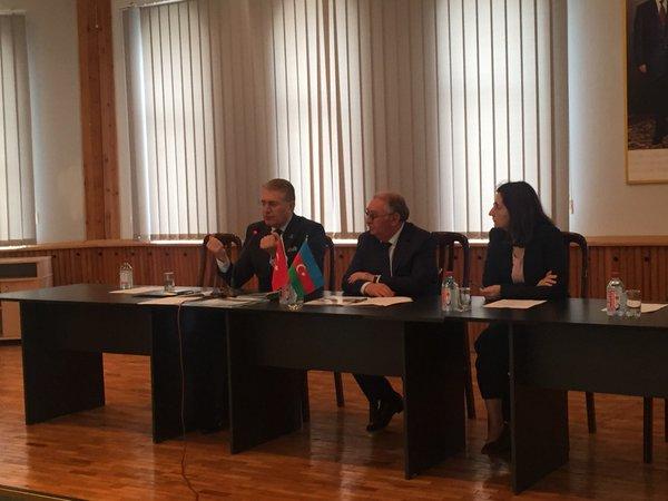 Eğitimde Uluslararasılaşma: Türkiye ve Azerbaycan