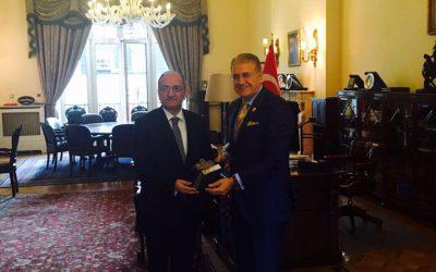 Dr. Mustafa Aydın, Türkiye'nin Londra Büyükelçiliği'ni ziyaret etti