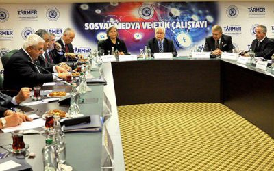 Sosyal Medyanın Etik Sorunları İAÜ'de Tartışıldı