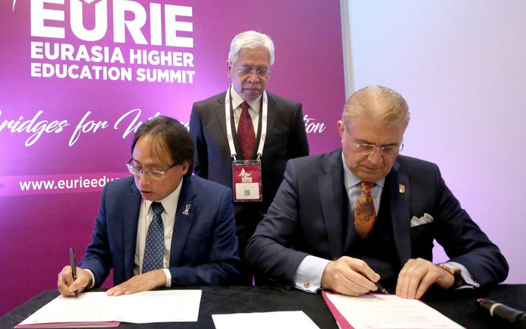 İmzalanan Protokolle Malezya da EURAS'a Katıldı