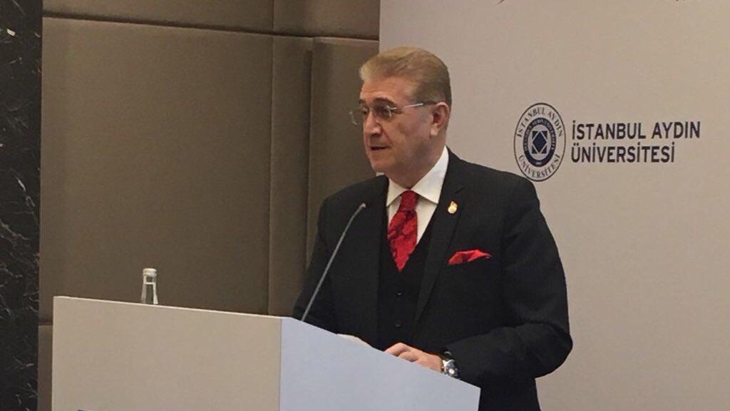 Dr. Aydın, İnşaat Teknolojileri Zirvesi'ne Katıldı