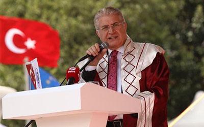 İSTANBUL AYDIN ÜNİVERSİTESİ 14'ÜNCÜ DÖNEM MEZUNLARINI UĞURLADI